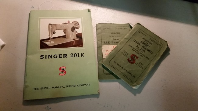 I'm a sucker for old manuals!